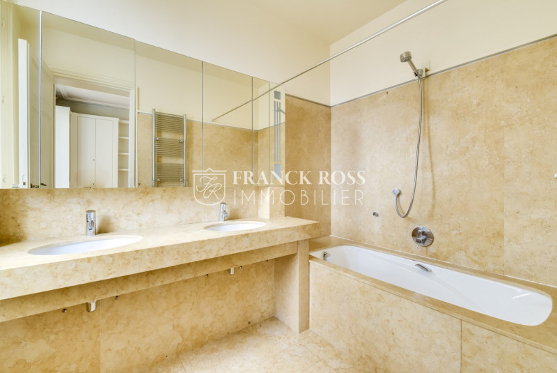 Location appartement Neuilly-sur-seine 7 950€ CC - Photo 11