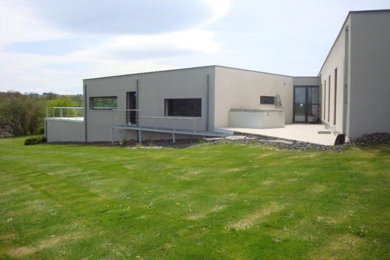 Sale house / villa Clermont-ferrand 374400€ - Picture 1