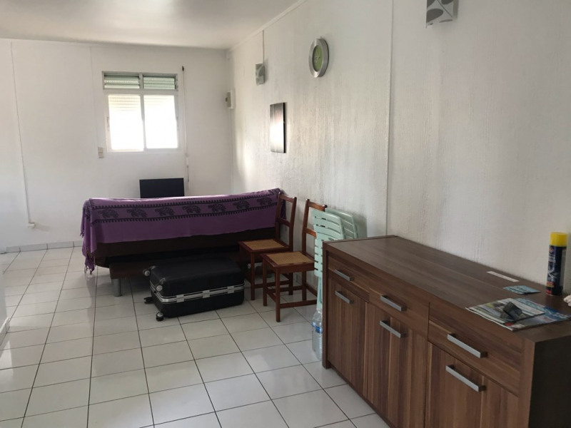 Rental apartment Sainte anne 890€ CC - Picture 4