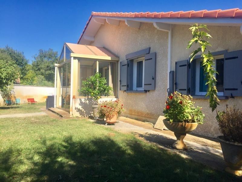 Vente maison / villa Ares 399000€ - Photo 1