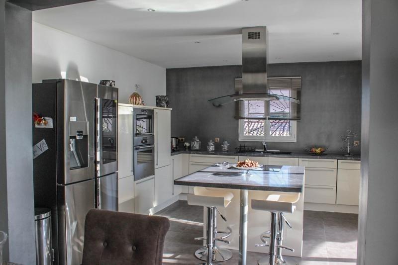 Deluxe sale house / villa Pujaut 493000€ - Picture 3
