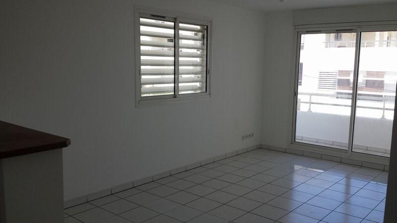 Location appartement St denis 601€ CC - Photo 3