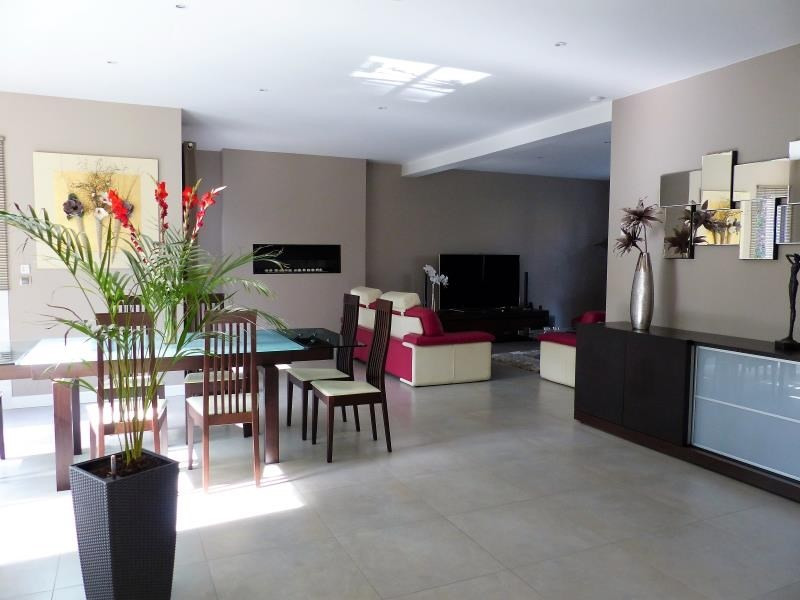 Sale house / villa Montfort l amaury 845000€ - Picture 4