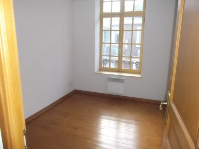 Location appartement Aire sur la lys 360€ CC - Photo 2