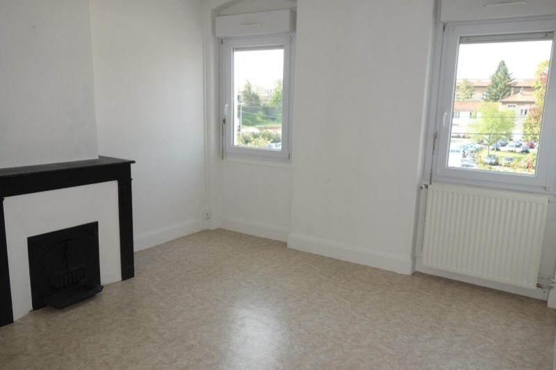 Location appartement Roanne 440€ CC - Photo 1