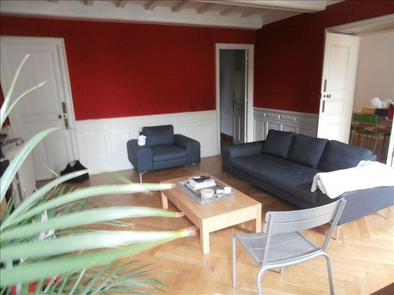 Rental apartment Centre ville de mazamet 650€ CC - Picture 2
