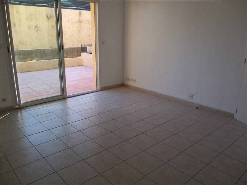 Verhuren  appartement Eyguieres 589€ CC - Foto 6