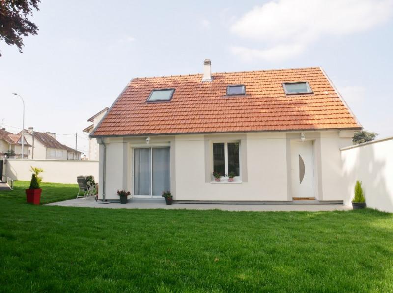 Sale house / villa Poissy 549000€ - Picture 2