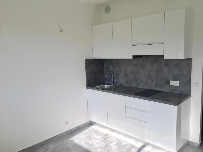 Sale apartment Vallauris 125 000€ - Picture 2