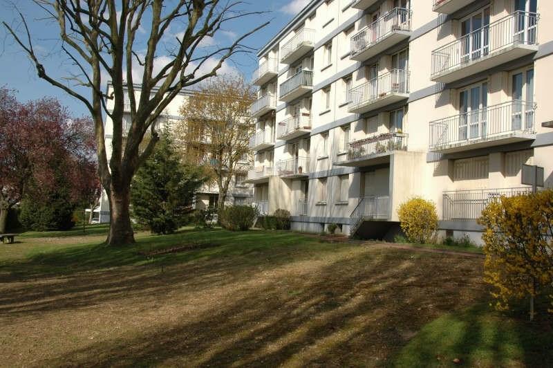 Locação apartamento Bois d'arcy 920€ CC - Fotografia 1
