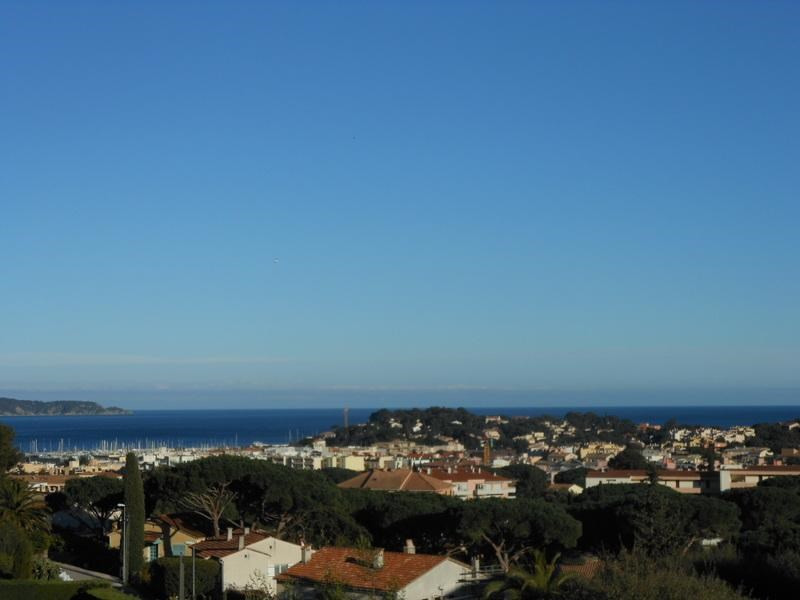 Sale house / villa Cavalaire sur mer 790000€ - Picture 1