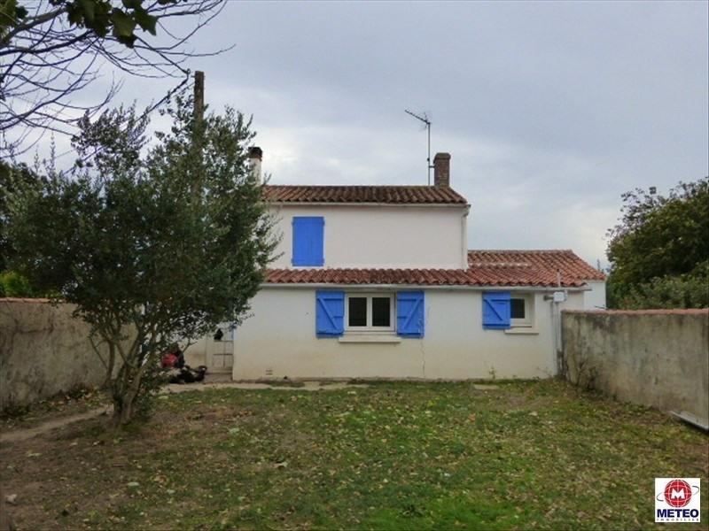Sale house / villa Angles 153800€ - Picture 1