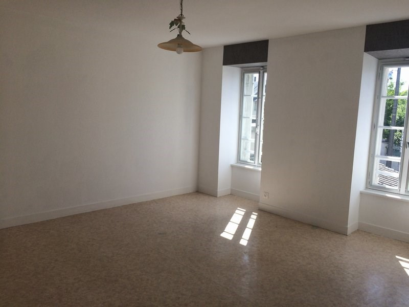 Location appartement Coutances 415€ CC - Photo 1