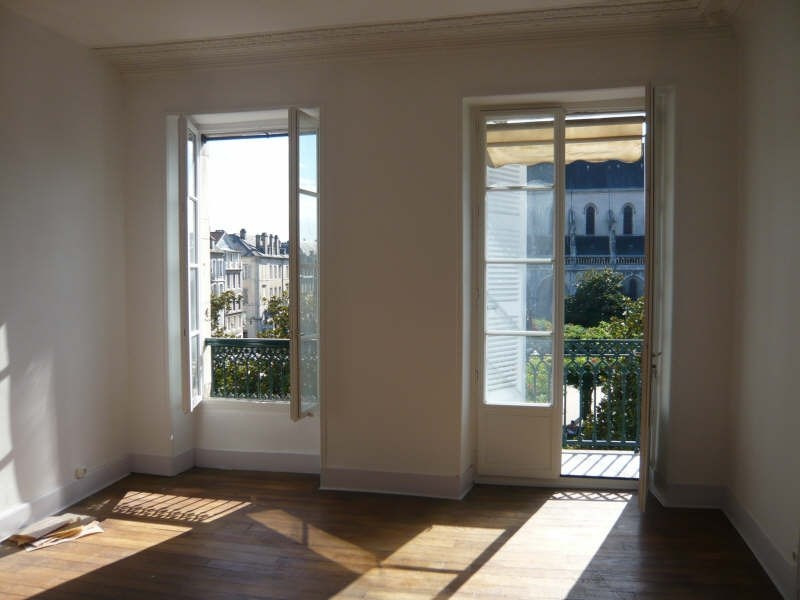 Rental apartment Pau 895€ CC - Picture 1