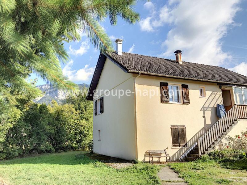 Vente maison / villa Saint-laurent-du-pont 199000€ - Photo 1