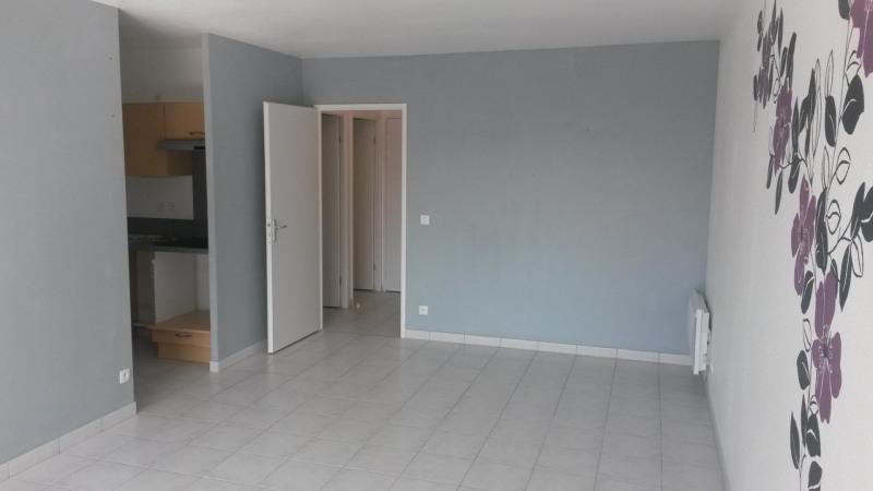 Location appartement Saint-lô 512€ CC - Photo 1