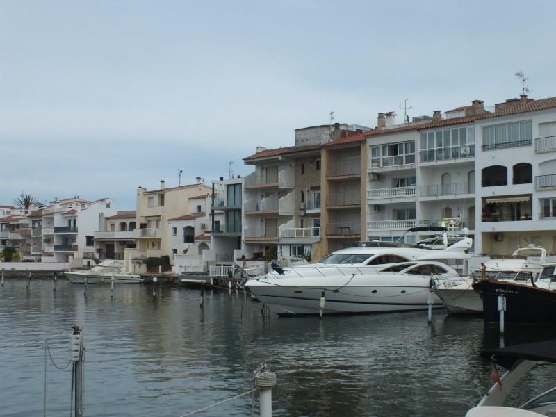 Vente appartement Empuriabrava 252000€ - Photo 2