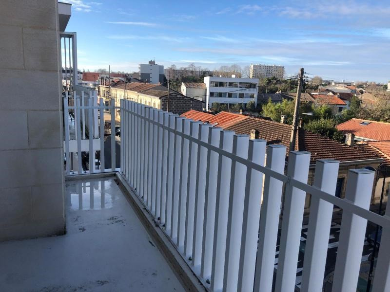 Location appartement Bordeaux 563€ CC - Photo 4