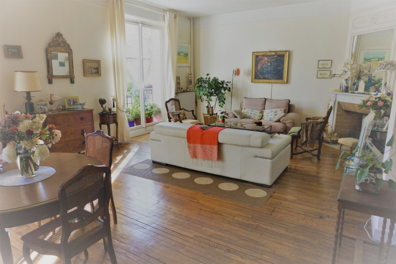 Short-term rental apartment Neuilly sur seine 3000€ - Picture 3