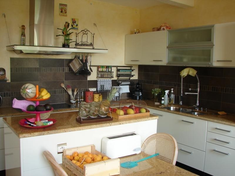 Deluxe sale house / villa L isle jourdain 650000€ - Picture 4