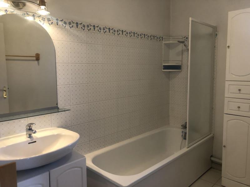 Location appartement Fréjus 850€ CC - Photo 13