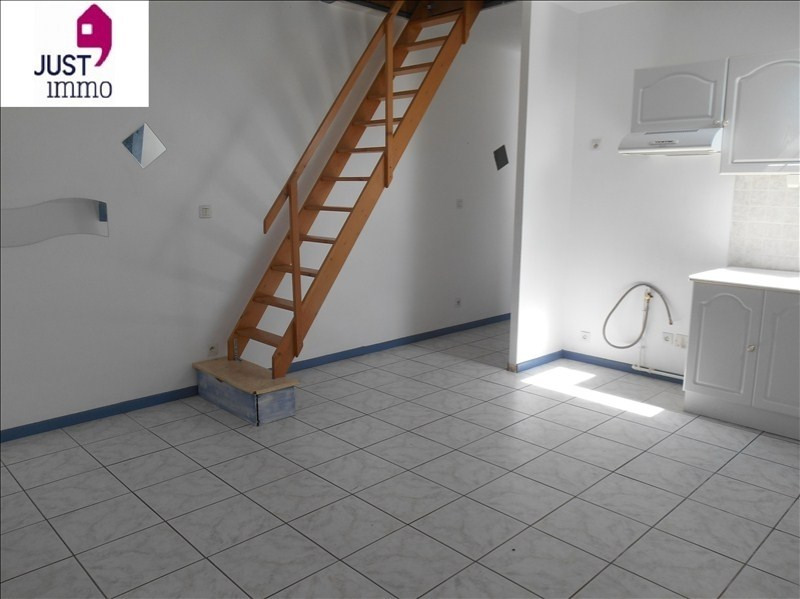 Location appartement Troyes 380€ CC - Photo 2