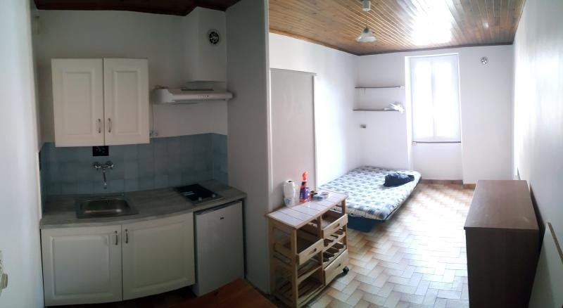 Location appartement 01130 250€ CC - Photo 2
