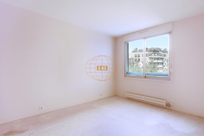 Sale apartment Courbevoie 655000€ - Picture 8