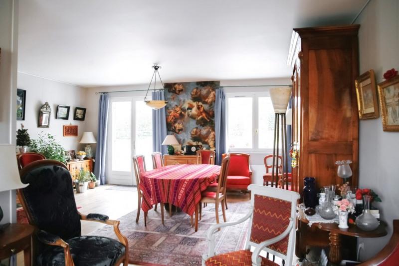 Deluxe sale house / villa St genis les ollieres 570000€ - Picture 2