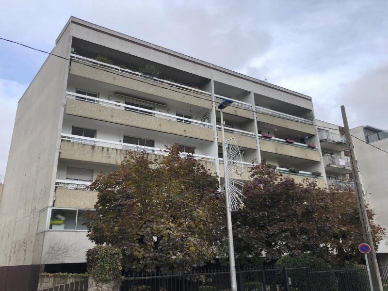 Sale apartment Villemomble 254000€ - Picture 1