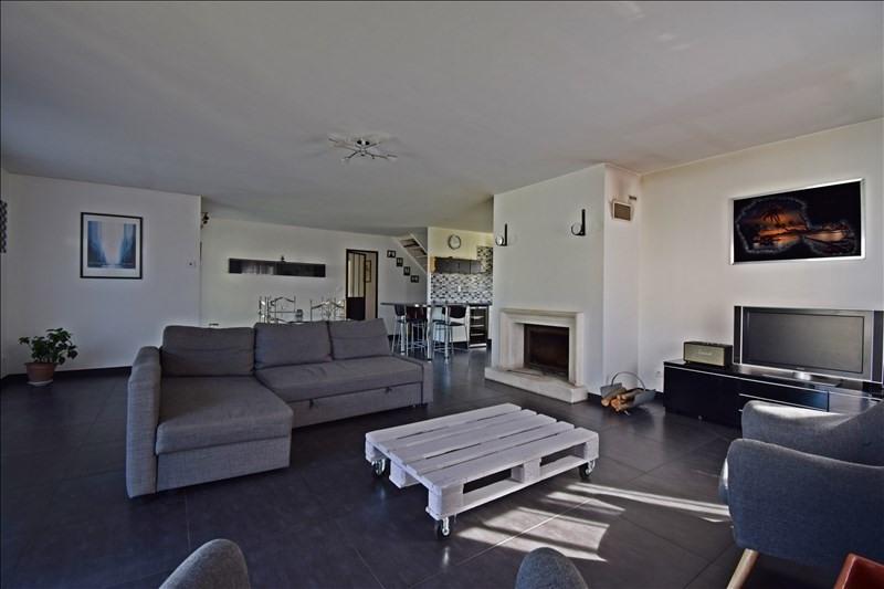 Sale house / villa Perreux 255000€ - Picture 3
