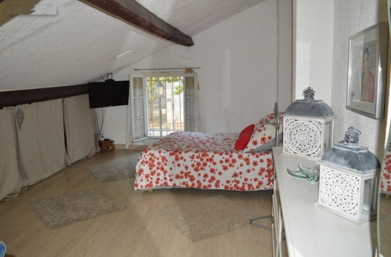 Sale house / villa Vauvert 145000€ - Picture 2