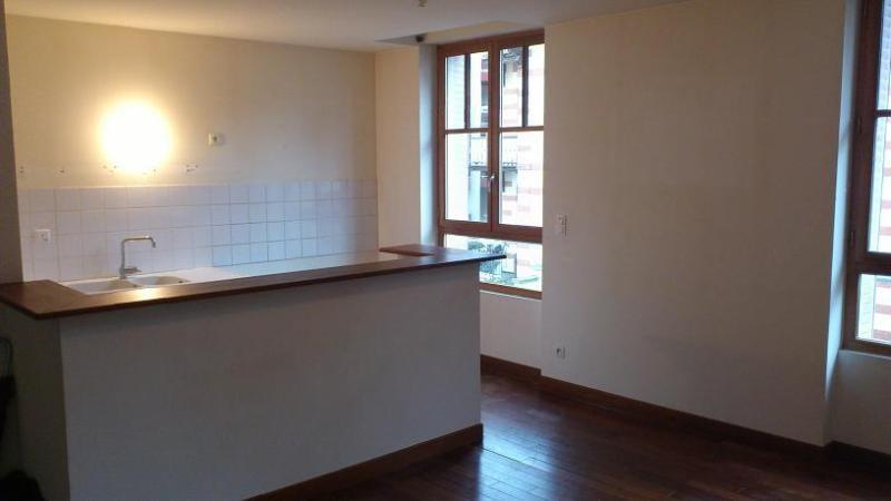 Rental apartment Vichy 500€ CC - Picture 2