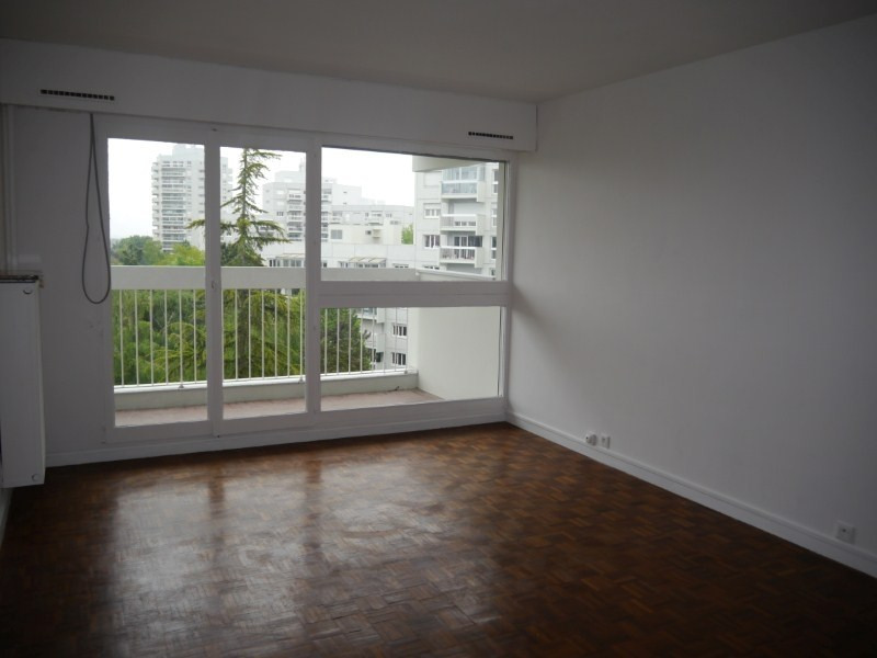 Rental apartment Marly le roi 926€ CC - Picture 2