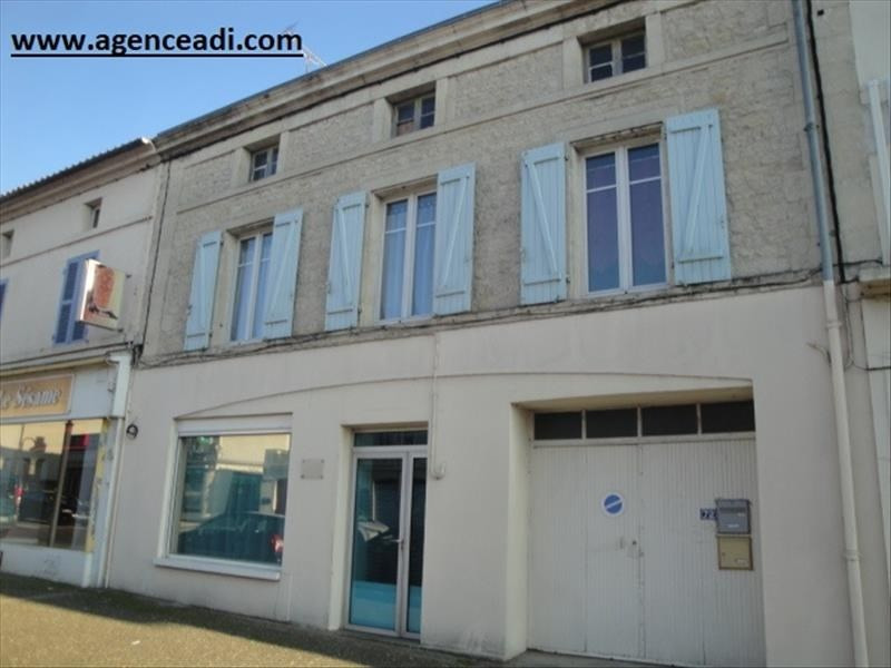 Vente maison / villa La creche 141 750€ - Photo 1