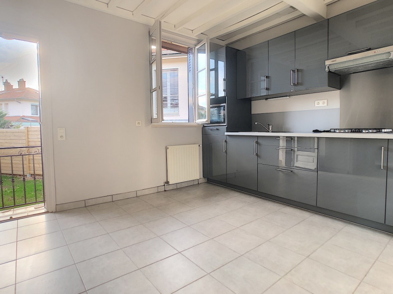 Location maison / villa Sainte foy les lyon 590€ CC - Photo 3