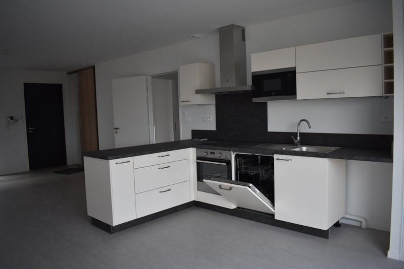 Location maison / villa Agneaux 785€ CC - Photo 2