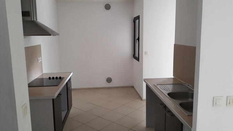 Sale apartment St paul 254000€ - Picture 3