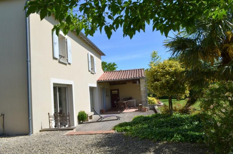 Vente maison / villa Fontenay le comte 330400€ - Photo 9