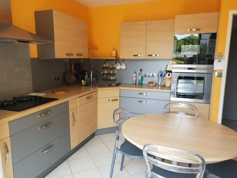 Sale house / villa Guichainville 273500€ - Picture 3