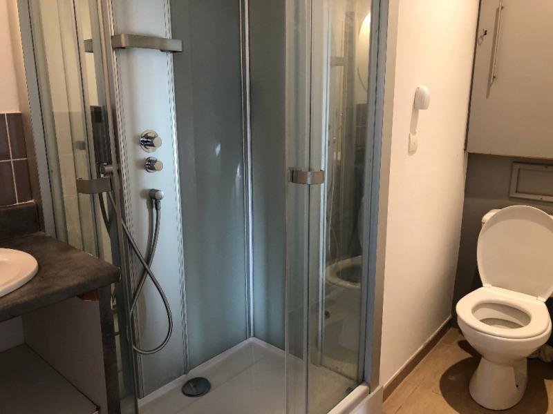 Location appartement Aix en provence 728€ CC - Photo 3