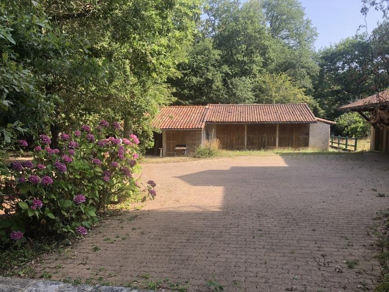 Vente maison / villa St benoit 447000€ - Photo 5
