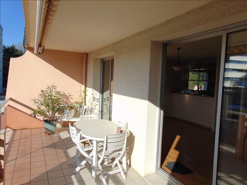 Sale apartment Cholet 157000€ - Picture 2
