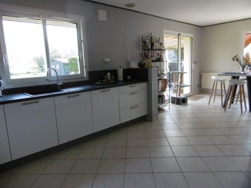 Sale house / villa Montmain 279000€ - Picture 9