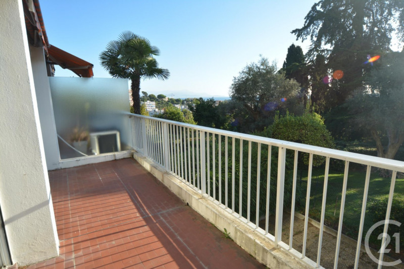 Sale apartment Antibes 350 000€ - Picture 2