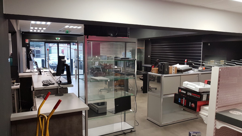 Vente local commercial Grenoble 639 000€ HT - Photo 4