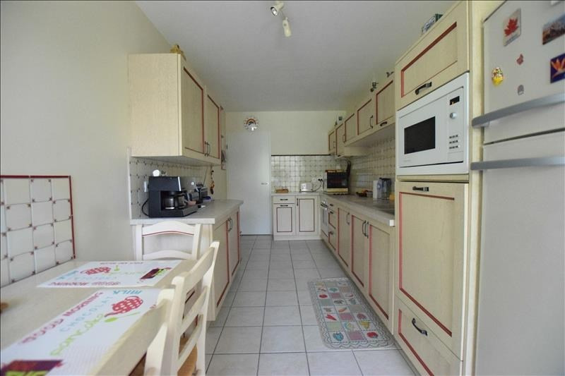 Sale apartment Pau 371 000€ - Picture 2