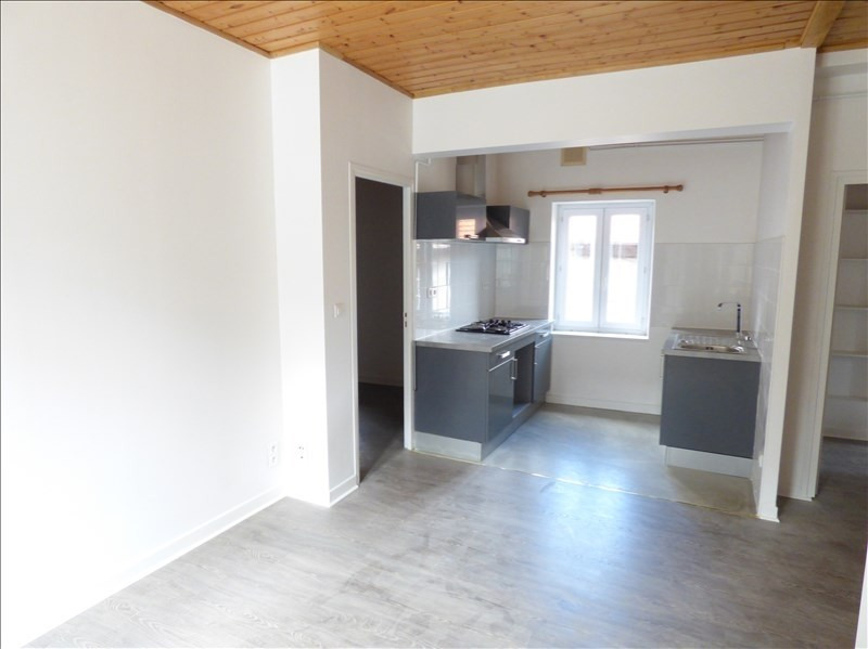 Location appartement Le puy en velay 596,79€ CC - Photo 3