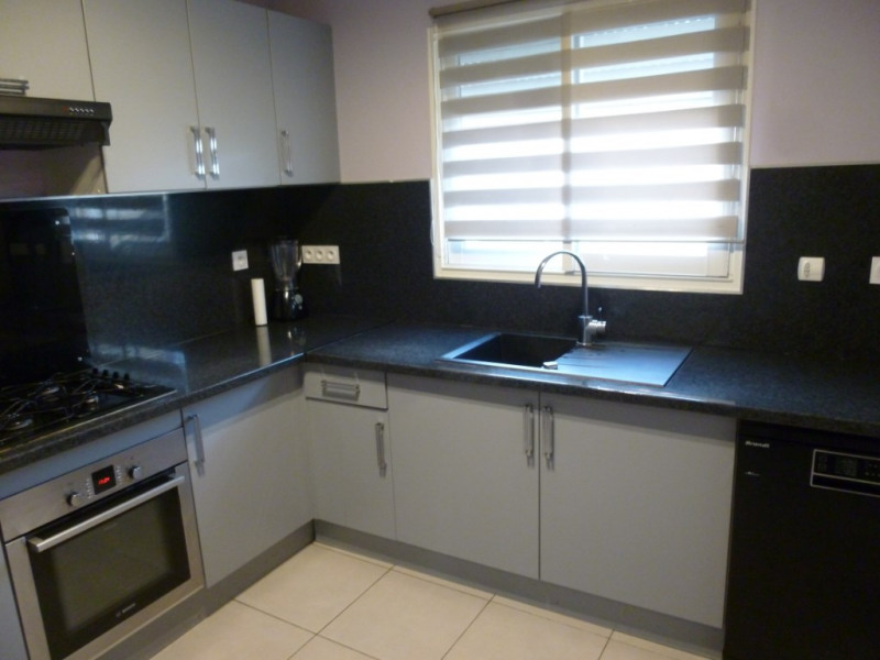 Sale house / villa Nimes 283000€ - Picture 3
