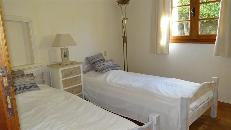 Vacation rental house / villa Cavalaire sur mer 1 000€ - Picture 30